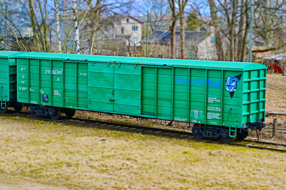Train wagons: sale, repairs and lease - Train railway wagon